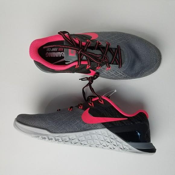 7a3ae73454f Women s Nike Metcon3 Training Shoes sz 7.5 NEW. M 5b42b33ec89e1deeaddf2142